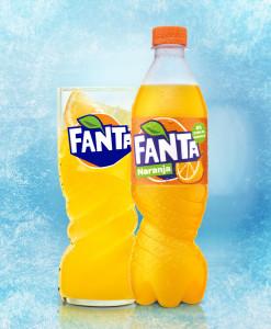 ccep_libreria-digital_fanta-naranja-botella-500ml_vaso_azul
