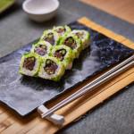 Uramaki atún picante (8 piezas)